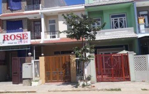 Nhà giá rẻ- Chuyển chỗ ở cần bán nhanh căn nhà hai mặt tiền khu đô thị Phía Nam TP Huế