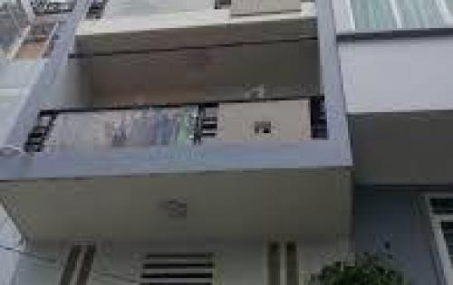 Cần bán gấp nhà đường Bùi Thị Xuân, P Bến Thành, Quận 1. DT: 9m5x10m. Gara, trệt lửng 2 lầu, sân trước nhà