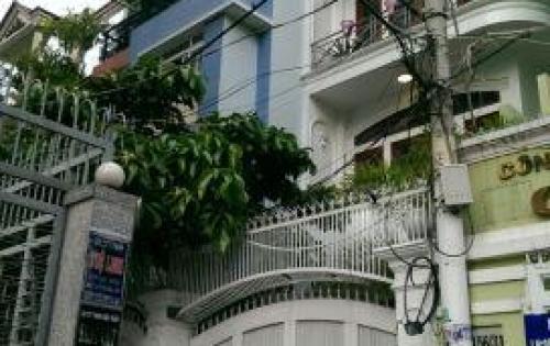 Cần bán nhà nát, đầu HXH Cao Thắng, GPXD: 4 lầu, giá đầu tư 9 tỷ 72m2.