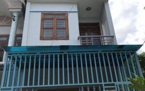 Chính chủ cần bán gấp nhà hẻm đường Đoàn Văn Bơ 80m2, SHR