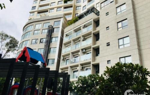 bán căn hộ 3 PN mặt tiền đường quận 5