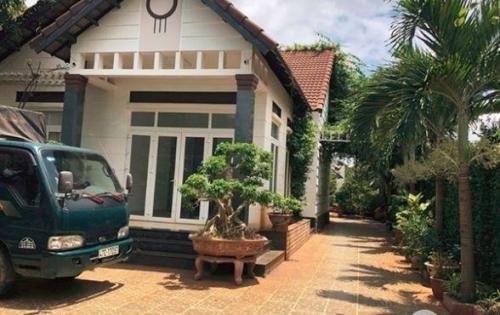 Biệt thự vườn Củ Chi , Dt 624M2, Ngang 18.3M, Sổ Hồng Chính Chủ, giá 4.6tỷ 01269747016
