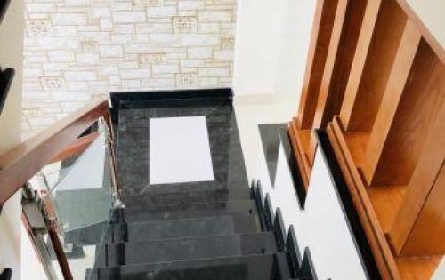 Bán nhà 1 trệt 2 lầu+sân thượng Tân Kỳ Tân Qúy, Q. Bình Tân 5x6m shr