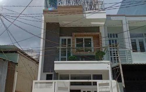 Nhà 4x12 cách Chợ Thạch Đà 100m, Đường 8m, 1 sẹc Phạm Văn Chiêu-GV. Ở ngay