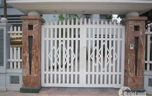 Cần bán nhà mặt tiền đường Nguyễn Đình Chính, Phường 15, Quận Phú Nhuận. DT 4x30m, Giá 15 tỷ
