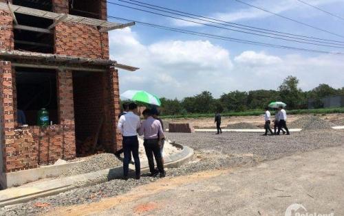 Khu nhà liền kề mới xây 1 trệt 1 lầu 280 triệu/căn gần coopmart Tân Thành, đô thị Phú Mỹ