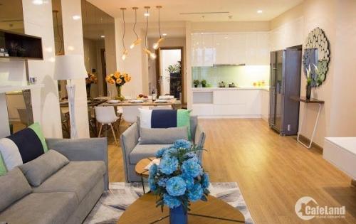 Bán căn hộ dự án view cực đẹp tại Royal City. DT 96m2, 2PN, 2VS, 2BC. Giá 4.5 tỷ