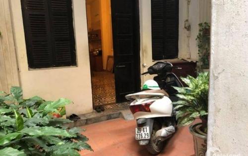 Nhà cho thuê ở hộ gia đình,văn phòng phố Tây Sơn,đống đa,15tr