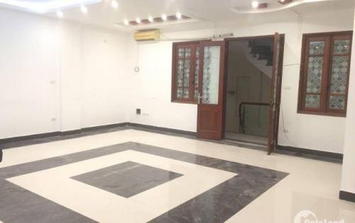 Cho thuê văn phòng tầng 6 mặt ngõ Nam Đồng 2 ô tô tránh nhau, giá chỉ 10tr