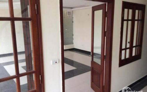 VP 60m2 cho thuê mặt phố Nam Đồng, đầu đường Xã Đàn, trong tòa nhà văn phòng full option
