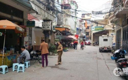 Cho thuê nhà phố Minh Khai, HBT, DT72m*12tr/tháng