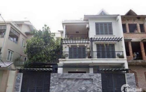 Cho thuê biệt thự KĐT Việt Hưng 3 tầng nhà đẹp phù hợp là văn phòng ngân hàng