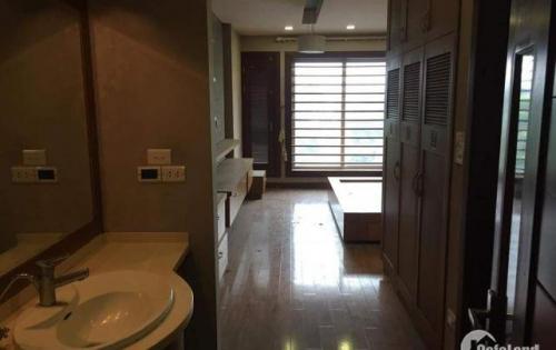 Cho thuê nhà riêng Bồ Đề Long Biên 4,5 tầng 20tr/tháng lh: 0329371811