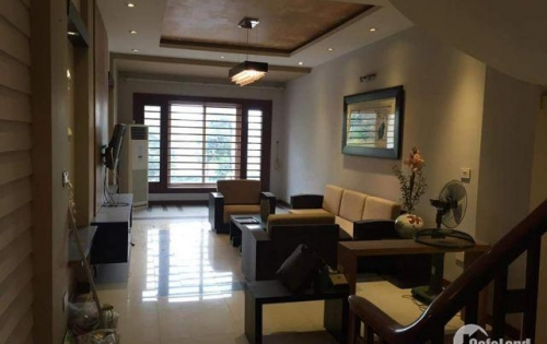 Cần cho thuê nhà riêng, đẹp mới hoàn thiện Hoàng Như Tiếp, Bồ Đề, Long Biên. S: 75 m. Giá: 25tr/tháng. Lh: 0984.373.362