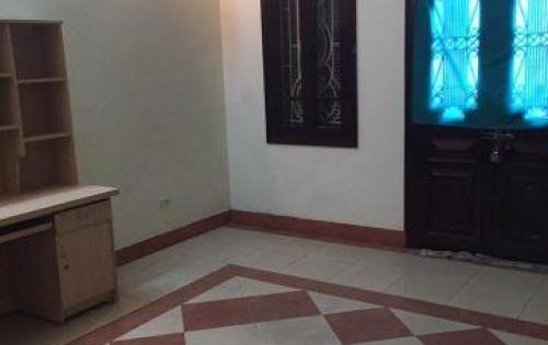 Cho thuê nhà riêng Giang Biên 2 tầng 90m2 13tr/tháng lh: 0329371811