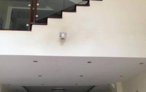 Cho thuê nhà riêng 50m2 x 5 tầng phố Phúc Hoa- Tây Hồ - 15tr