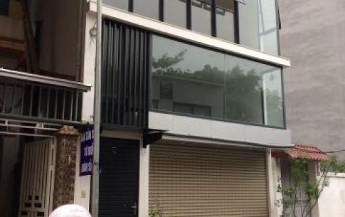 Cho thuê văn phòng, mặt phố Thụy Khuê (mới), 180m2, 25 tr/ tháng,