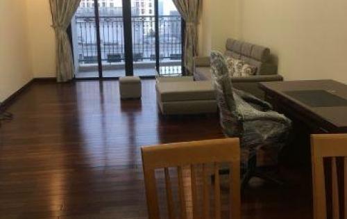 Chủ nhà cho thuê căn hộ R1 Royal City 125m2 giá $1000/tháng