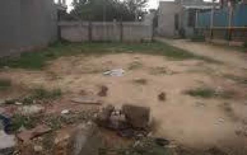Có miếng đất ở gần chợ Gò Đen cần bán giá 640 triệu 110m2,lh 0973931317