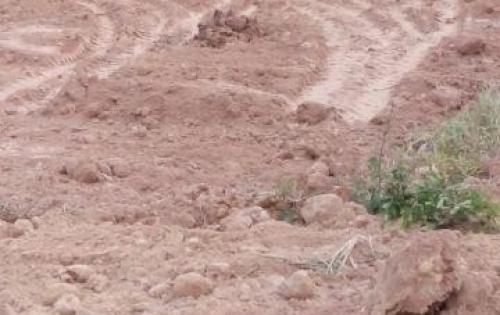 Đất Biên Hòa sổ sẵn thổ cư 100%, mặt tiền đường 60m, ngay cổng KCN, giá 650 triệu, 100m2