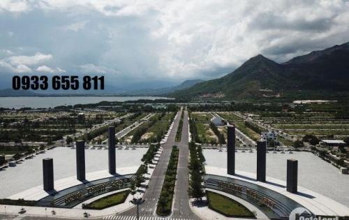 Chính chủ tôi cần bán gấp D16-18-30 đường 26m Golden Bay . LH 0933655811