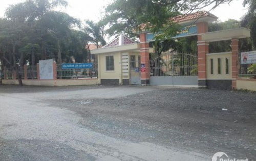 Cần bán gấp 1 lô đất 850 triệu, đối diện trường tiểu học Long Hòa, chiết khấu cao