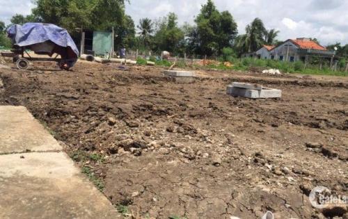 cần bán gắp lô đất sau chợ Bình Chánh, gần khu dân cư hiện hửu XDTD
