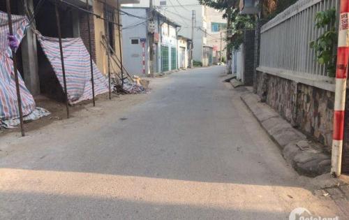Cần bán lô đất thổ cư Thạch Bàn  - Long Biên, diện tích 40m2, mặt tiền 3.2m, hướng Đông Bắc.