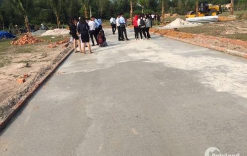 Cần chuyển nhượng gấp 2 lô đất ngay chợ Nguyễn Trung Trực,có sổ hồng riêng,chiết khấu cao.