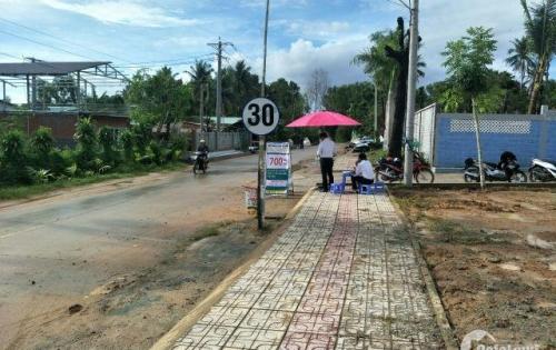 Cần thanh lý gấp 2 lô đất ngay thị trấn Dương Đông,Phú Quốc,có sổ hồng riêng,giá đầu tư.