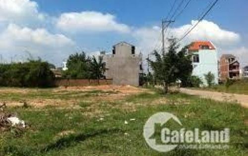 Kẹt tiền bán gấp 300m2 đất gần KCN gần chợ, dân đông tiện KD