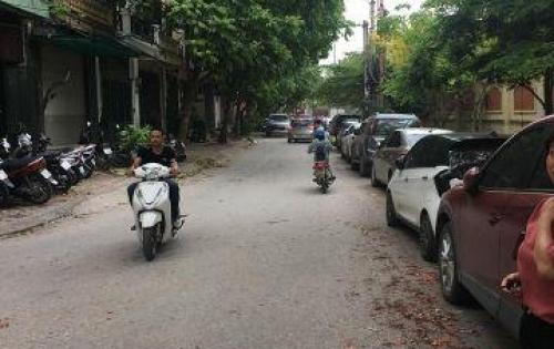 Chính chủ bán nhà phân lô Nguyễn Thái Học 45m 4 tầng mặt tiền 5,2m giá 4,5 tỷ