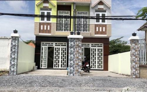 Nhà xã Long THượng, huyện Cần Giuộc LA. 1 trệt, 1 lầu, 3pn, 2wc, 1pk, 1p thờ. 100% thổ cư, SHR