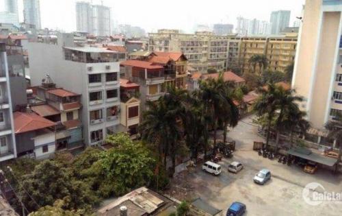 Bán nhà 2 tầng dt 67m mặt phố khu Mai Dịch đường 3oto tránh nhau giá 135tr/m