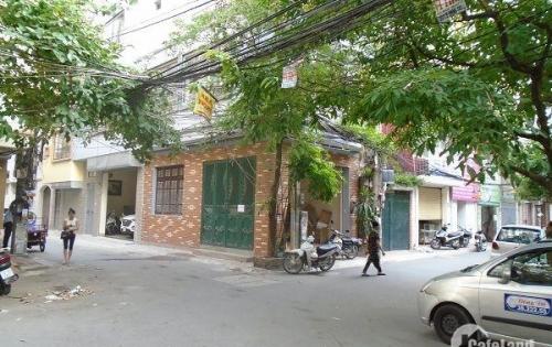 Gia đình chuyển vào Sài Gòn bán nhà Thái Thịnh 40m, 4 tầng, Mt 4m, kinh doanh được.