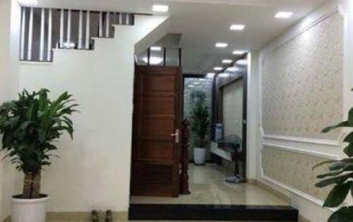 Bán nhà khu Thịnh Quang, Tây Sơn, Đống Đa mới đẹp 45m2, 5 tầng, giá 4,1 tỷ