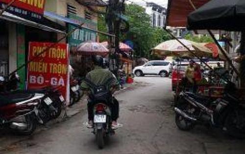 Bán nhà 4T phố Tôn Thất Tùng Dt 80m2, MT 3.3 giá 8 tỷ .