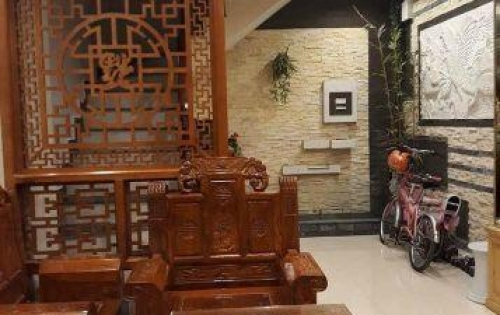 Bán nhà riêng đẹp phố Lương Định Của. DT: 32m2. 5 tầng. Chỉ 3,2 tỷ.