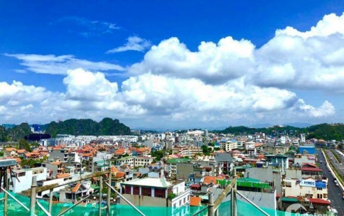 Bán căn hộ 12 Chung Cư Đông Bắc-  2 ngủ- Tầng Cao- View Biển