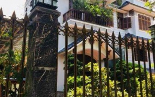 Chính chủ cần bán lại nhà 3 tầng, mặt tiền hướng đông, Hương Thủy - Huế