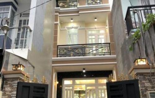 Bán nhà Nhà Bè đường Huỳnh Tấn Phát ngay trung tâm Thị Trấn Nhà Bè, DT 100m2, 2 lầu 6PN , ngay kho B đầy đủ tiện ích, giá 4.65 tỷ