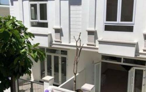 Nhà phố 2 tầng full nội thất kiến trúc biệt thự Pháp