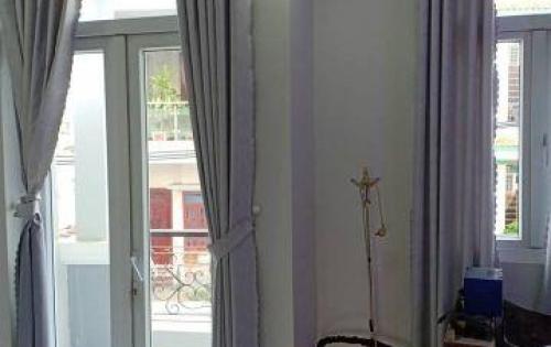 Đinh cư Ramos bán nhà: Hoàng Sa, 216 m2, giá 46 tỷ.