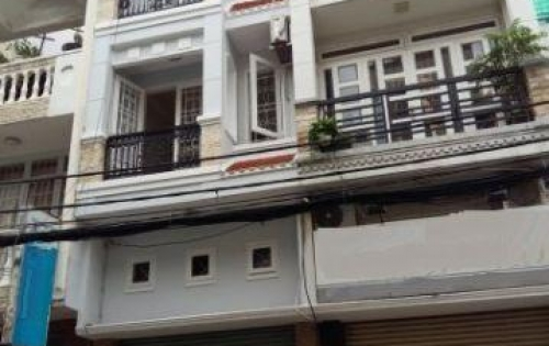 Bán nhà mặt tiền đường Bàn Cờ, P. 3, Q. 3, 4.2x11m, trệt, 3 lầu đúc, cho thuê 35 tr/tháng.