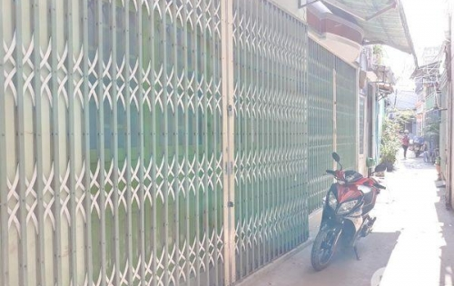 Bán nhà trệt 1 lững mặt tiền hẻm 337 Trần Xuân Soạn quận 7.