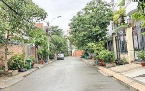 Bán nhà 2 lầu mới đẹp đường số khu D Huỳnh Tấn Phát quận 7.
