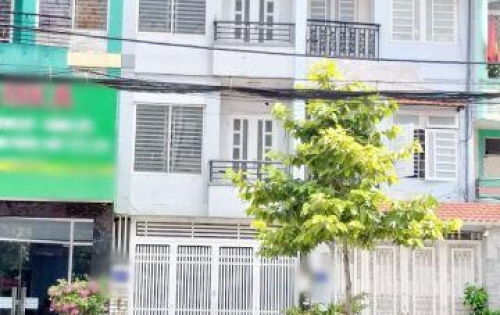 Bán nhà phố 2 lầu mặt tiền đường Tạ Quang Bửu Phường 5 Quận 8