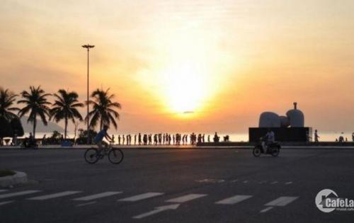 Bán nhà hai mặt tiền Phố Nguyễn Văn Thoại, cách biển Mỹ Khê 500. Đang kinh doanh 200tr/tháng