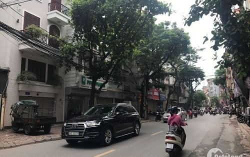 Bán nhà bên lẻ mặt phố Nghi Tàm, Tây Hồ, DT 110m2 x 5 tầng. đoạn đường đang cải tạo tiện kinh doanh.
