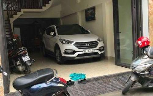 Cần bán gấp Nhà Mặt Phố Vũ Tông Phan ôtô để trong nhà, Vỉ Hè Rộng, Kinh Doanh tuyệt vời .
